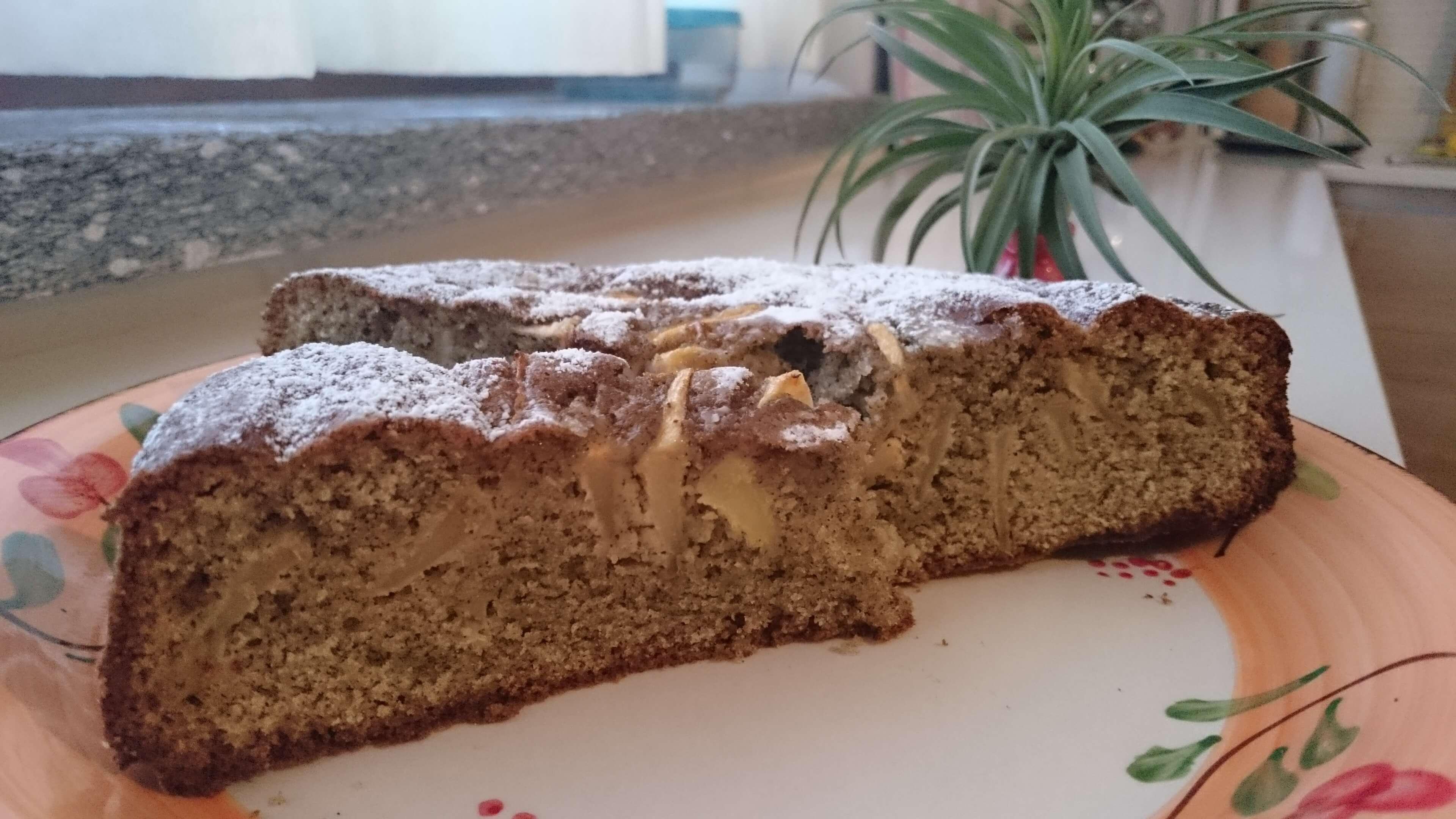 torta di mele con farina di canapa e Canapito